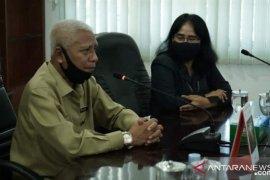 BPS serahkan penghargaan SP Online kepada 3 kecamatan di Asahan
