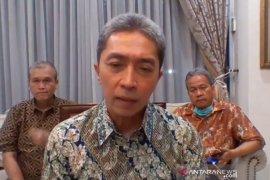 73 karyawan Toko Mitra 10 Kota Bogor jalani tes usap