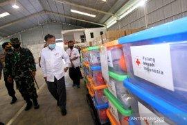 Jusuf Kalla Tinjau Gudang Logistik PMI Regional Kalimantan