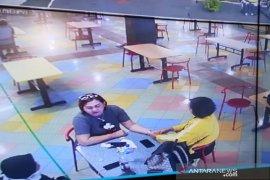 Bima Arya pantau kondisi mal di Kota Bogor melalui CCTV