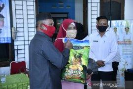 Ketua DPRD Bangka nilai bansos COVID-19 membantu beban masyarakat