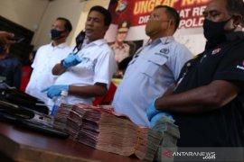 Polisi telusuri aliran uang bandar sabu Lombok Barat