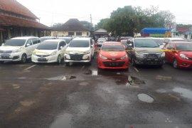Polres Serang Kota tangkap pelaku penggelapan 24 kendaraan