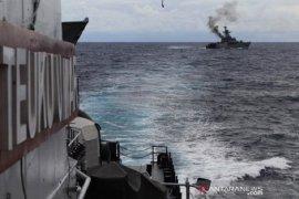 4 kapal perang Indonesia  jaga Laut Natuna