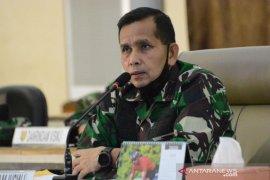 Memberi contoh masyarakat, Pangdam Sriwijaya gowes tak melepas masker