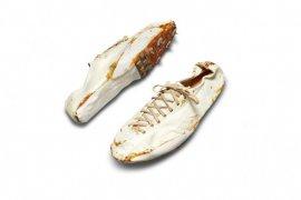 """Sepatu Bowerman """"Nike Origins"""" pertama di dunia dilelang"""