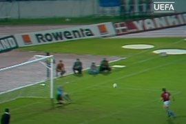 44 tahun silam, penalti Panenka lahir berbuah trofi Euro Cekoslowakia