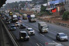 Jasa Marga lakukan pengerasan jalan ruas Tol Jakarta-Cikampek