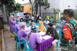 Dinkes Kota Tangerang targetkan rapid tes 50 warga Kelurahan Jurumudi