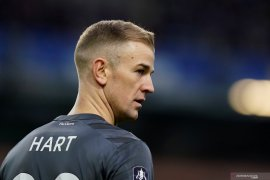 Tottenham datangkan kiper Joe Hart dalam status bebas transfer