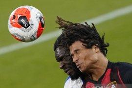 Manchester City resmi datangkan Nathan Ake dari Bournemouth