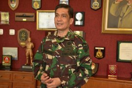 TNI disiplinkan warga lewat Binter tekan transmisi lokal di Bali