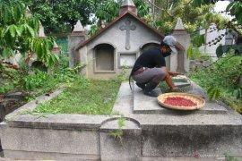 Kebun Kopi di Pemakaman
