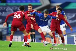 Liverpool diimbangi Everton, kepastian juara The Reds tertunda lebih lama