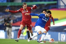 Liga Inggris, Everton perpanjang penantian juara Liverpool