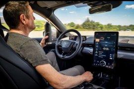 """Ford tambahkan fitur """"hand-free"""" di teknologi Co-Pilot360"""