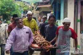 Tiba di rumah duka, jenazah dua bocah tewas di Global Prima Medan disambut isak tangis