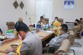 Cegah COVID-19, Aminullah: perketat protokol kesehatan di Banda Aceh