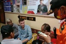 Tim SAR temukan dua turis AS tersesat di hutan Karangasem-Bali