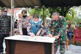 Bupati Tanah Bumbu resmikan kampung tangguh banua