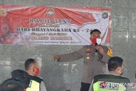 Ratusan personel TNI Polri ikuti rapid test (Video)