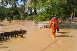 Jumlah pengungsi korban banjir Konawe Utara  2.208 orang
