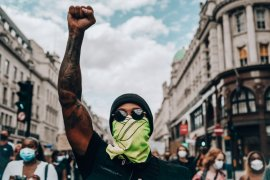 "Lewis Hamilton ikut aksi ""Black Lives Matter"" di London"