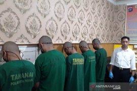 Komplotan pencungkil ATM asal Lampung ditangkap, delapan ATM di Bukittinggi dan satu di Padang
