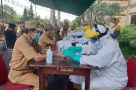 Bupati Bangka Tengah, Ibnu Saleh imbau warga bekerja secara normal