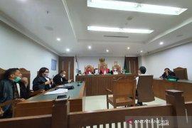 Hakim vonis terdakwa penyiram air keras terhadap 6 anjing bersalah
