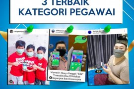 """GIVE AWAY""  terbaik ""Photo Selfie Challenge Bank Kalsel"""