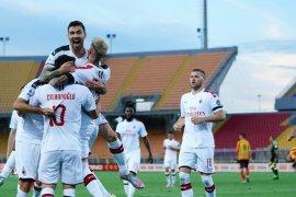 Milan menang 4-1 atas Lecce