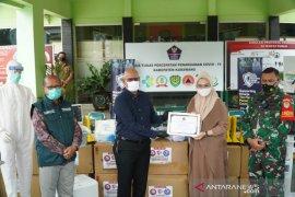 Sampoerna bantu ventilator dan APD ke Pemkab Karawang untuk penanganan COVID-19