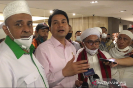 Azis Syamsuddin sampaikan 3 komitmen DPR usai temui pendemo RUU HIP