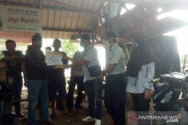 PT Timah salurkan CSR bagi kelompok nelayan Mentok