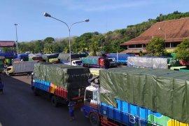 Setelah kapal karam, Pelabuhan Padangbai dapat tampung 120 truk