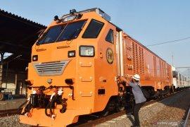 Uji dinamik kereta penumpang pesanan Filipina