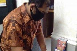 Ratusan anggota PPS dari 154 kelurahan di Surabaya jalani rapid test