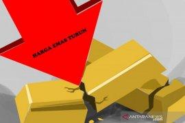 Emas jatuh setelah risalah Fed angkat dolar dan imbal hasil obligasi
