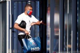 Mbappe bertahan di PSG musim depan
