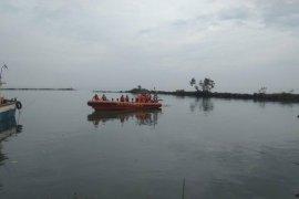 Hari ketujuh belum ditemukan, Basarnas hentikan pencarian tujuh nelayan Labuan  korban kecelakaan