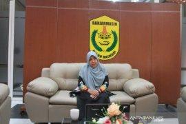 Ketua TP PKK Banjarmasinh narasumber Webinar serial 1