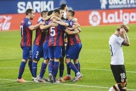Valencia kalah di markas Eibar gara-gara gol bunuh diri