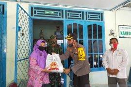 Polres Bangka Barat salurkan bantuan kepada purnawirawan TNI/Polri