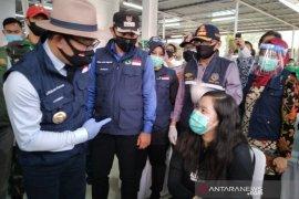 KCI pelajari usulan Gubernur Jabar untuk tambah kapasitas penumpang KRL