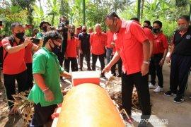 Bupati Gianyar resmikan  pengolahan sampah di Tegallalang