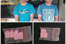 Polsek Binjai Timur tangkap dua tersangka pemilik pil ekstasi