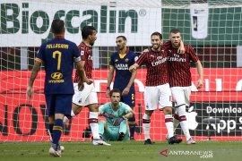 Milan tundukkan Roma 2-0 untuk lolos ke Liga Europa
