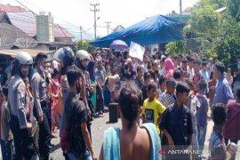 Akibat BLT, pemblokiran Jalinsum kembali terjadi di Madina