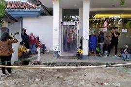 Keluhkan PPDB, puluhan orang tua siswa datangi kantor Disdik Kota Bandung